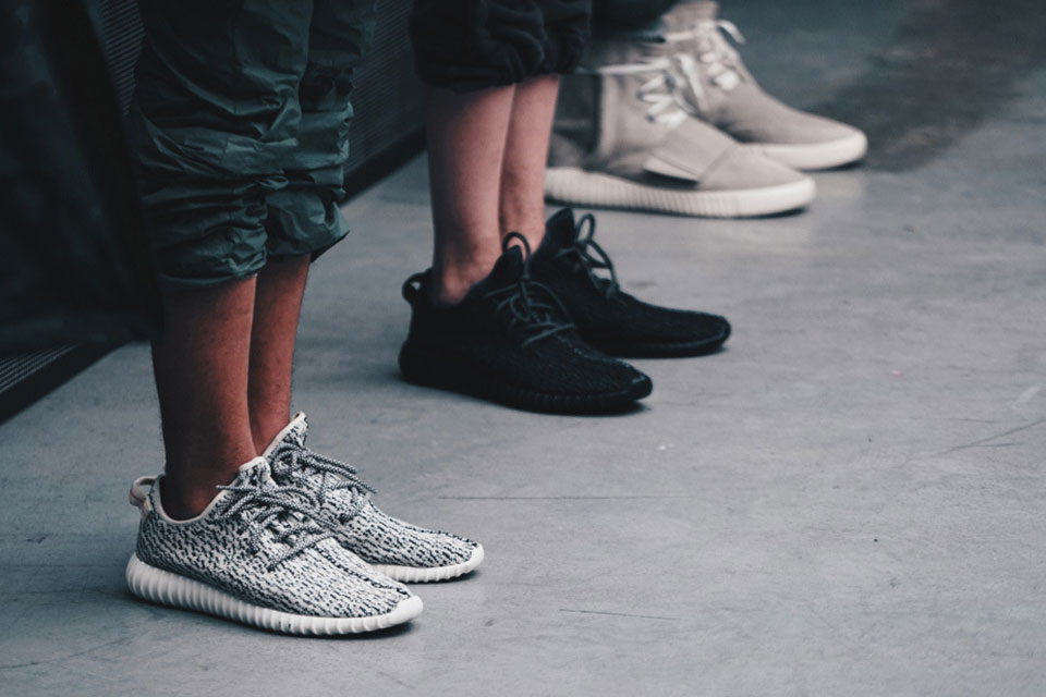 Are My Yeezy 350 Boost FAKE Proof others 're NOT. Turtle Dove